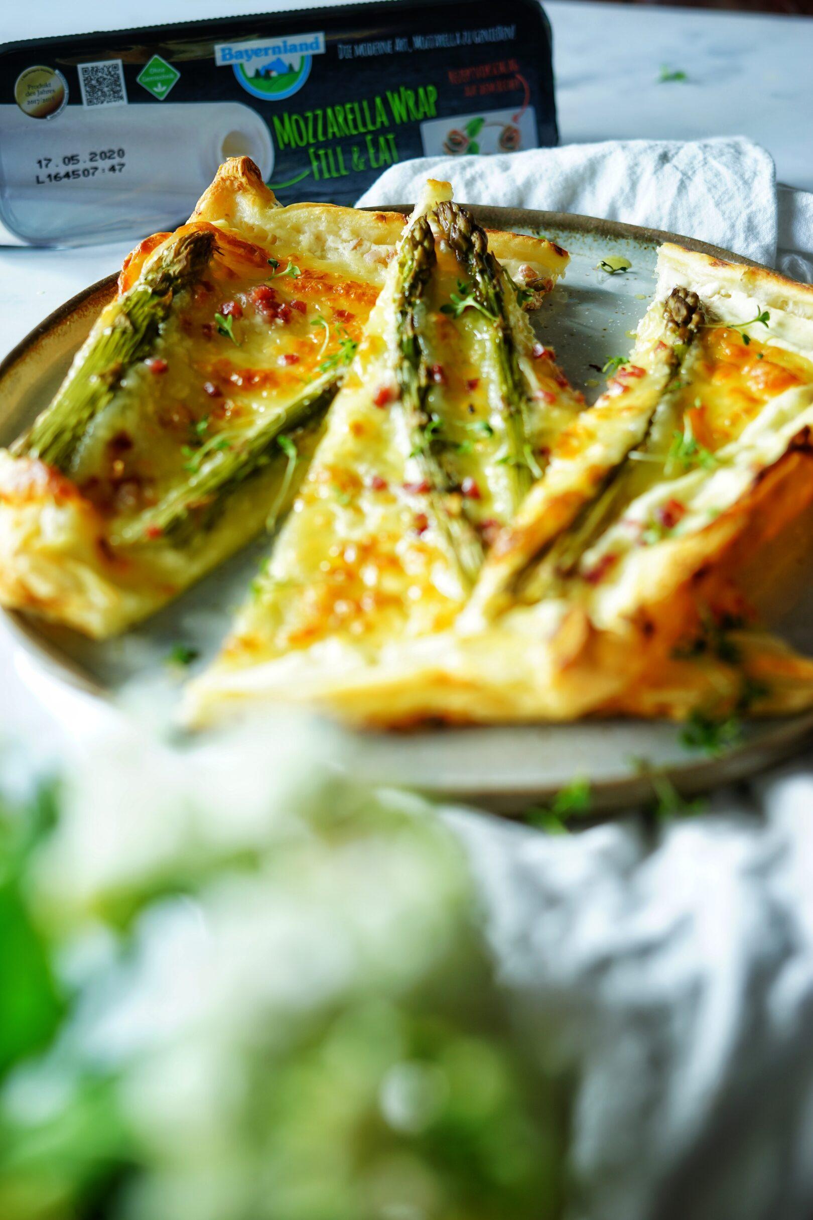Mozzarella Wrap mit grünen Spargel