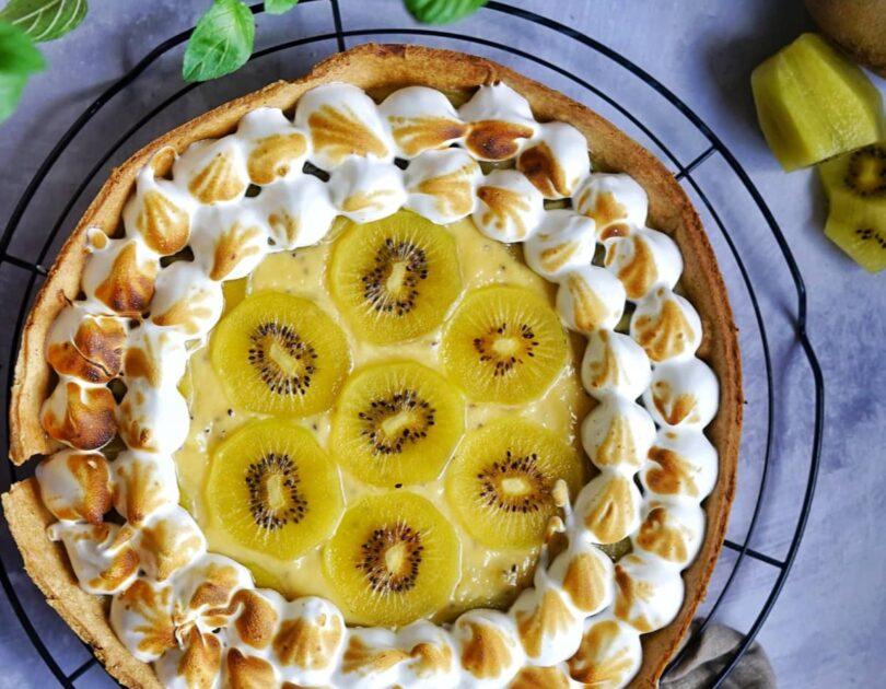 Kiwi Curd Pie